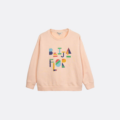 "Light pink round neck sweatshirt with ""Beija Flor"" print on the front."