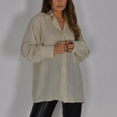 Oversize relaxed fit shirt in beige with front chest pocket.