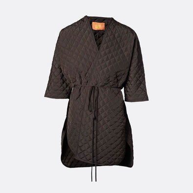 100% polyester brown kimono coat in padded fabric with belt and side openings.