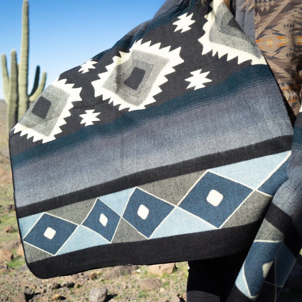 Andean Alpaca Wool Blanket - Midnight
