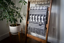 Load image into Gallery viewer, Tumi Alpaca Wool Throw Blanket - Alpaca Design (Grey)