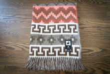 Load image into Gallery viewer, Tumi Alpaca Wool Throw Blanket - Inca Design (Gray/Brown)