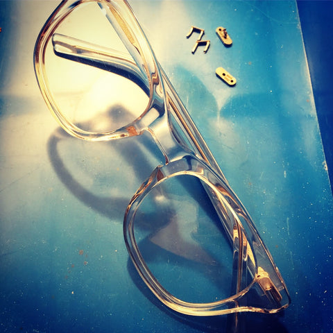 Spectacle and sunglasses repair service