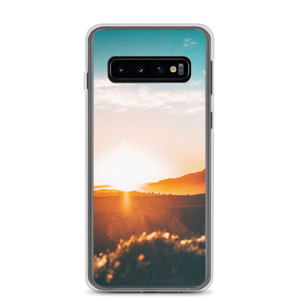 Sunrise over a mountain Samsung Case - FRANKdesigns.Co