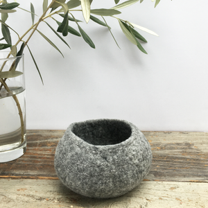 BASE KIT FOR 1 - Minimalist felted bowl - GREY