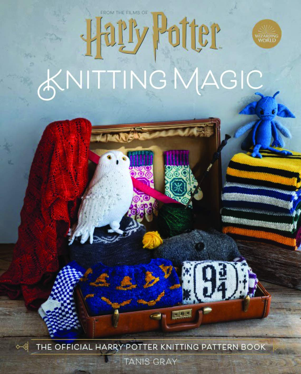 Harry Potter: Knitting Magic The Official Harry Potter Knitting Pattern Book