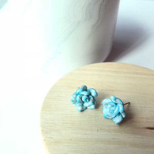 Patterned Floral Studs (Lt Blue)