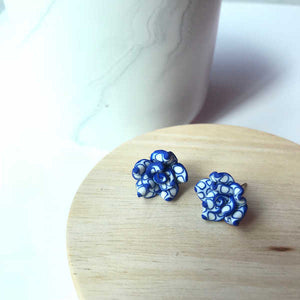 Patterned Floral Studs (Navy)