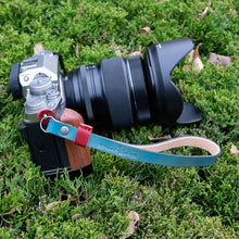 Load image into Gallery viewer, Patriot Leather Camera Wrist Strap - Due North Leather Goods