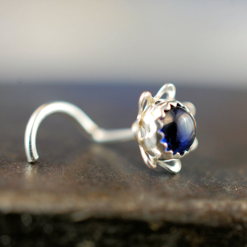 products/4mm_Sapphire_Flower_stud_1.jpg