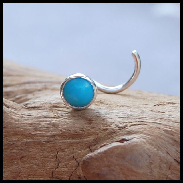 products/4mm_turquoise_stud_straight_bezel_1.jpg