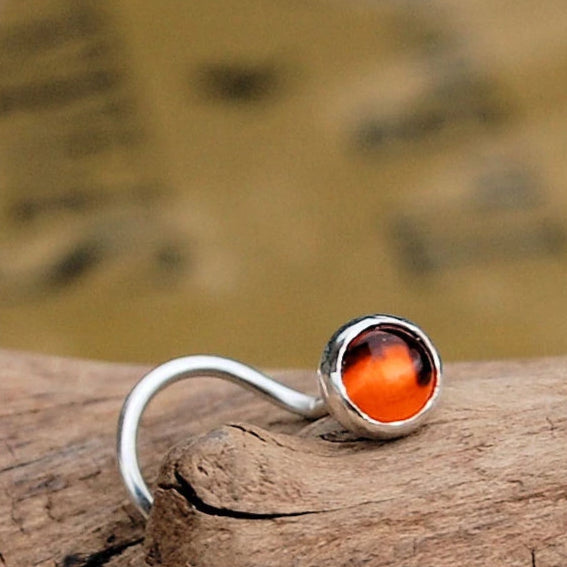 products/Amber_straight_bezel_4mm_3_w_border.jpg