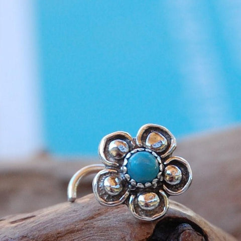 Turquoise Bold Flower Nose Stud