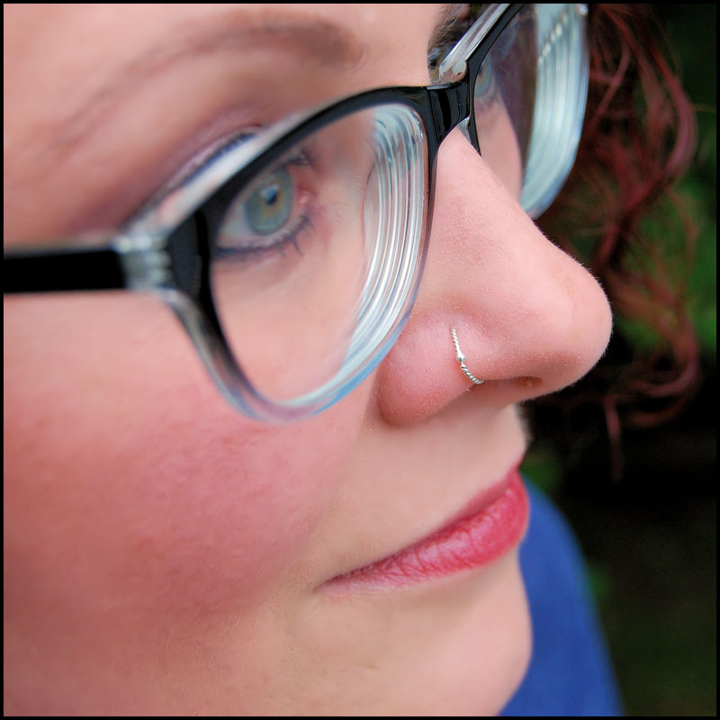 products/Budded_twist_nose_ring_silver_Nicole_3B.jpg