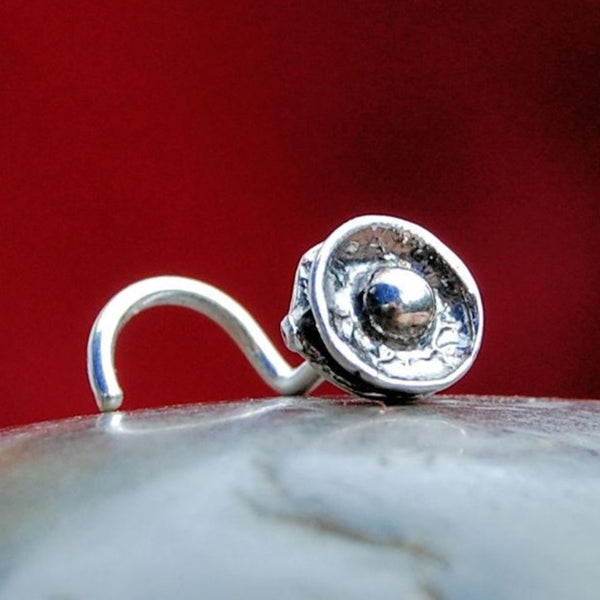 Steampunk Button Nose Stud in Silver