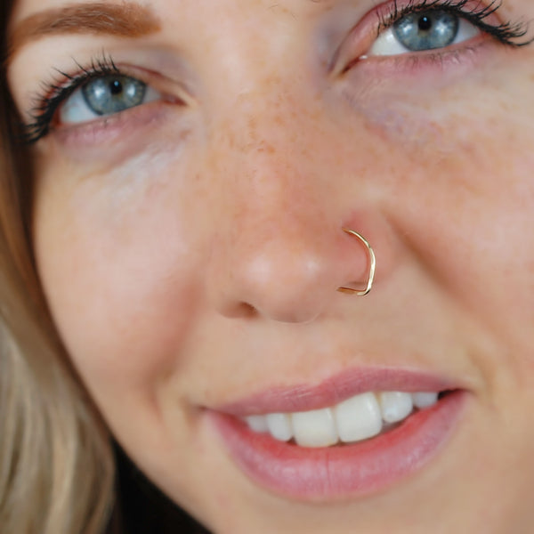 14 karat yellow gold nose ring