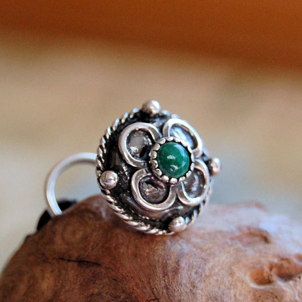 Medieval in Malachite Celtic Shield Sterling Silver Nose Stud