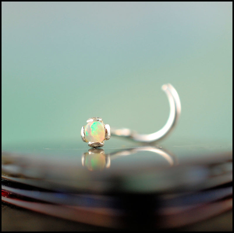 products/Opal_2mm_in_silver_1B.jpg