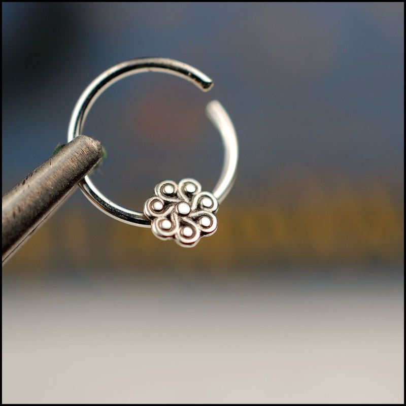 products/Paisley_Flower_Septum_5B.jpg