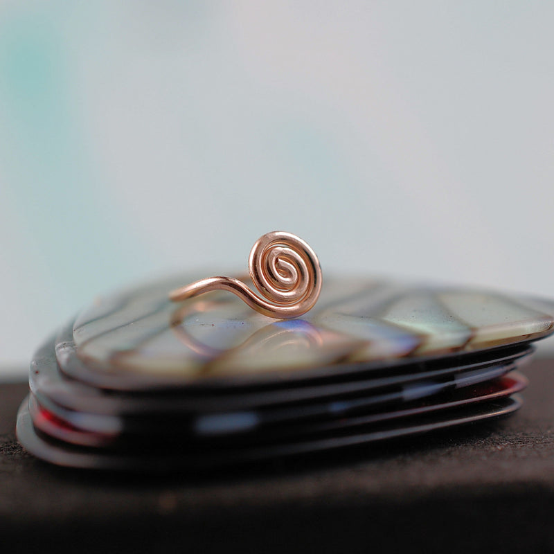 products/RG_large_spiral_ring_3.jpg