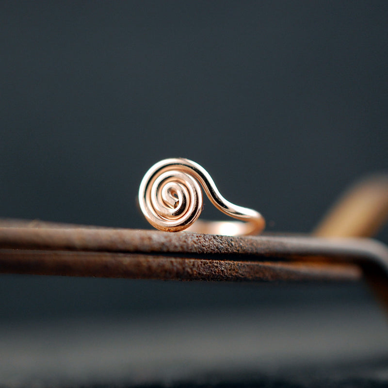 products/RG_large_spiral_ring_4.jpg