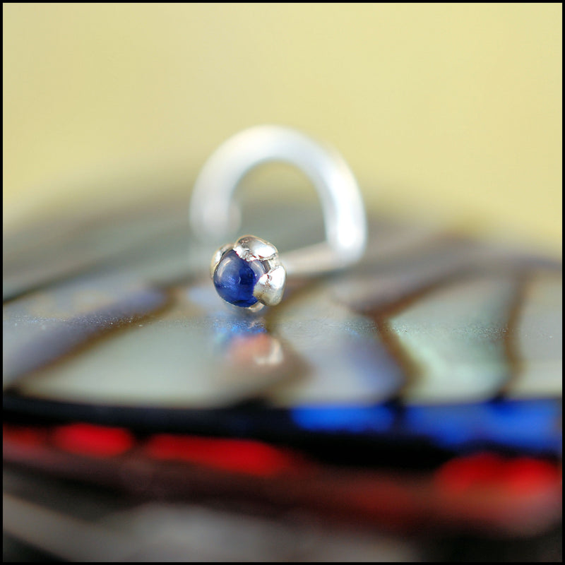 products/Sapphire_Cab_2mm_silver_1B.jpg