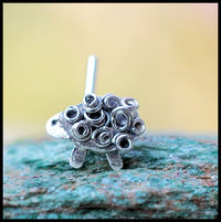 nickel-free sterling silver nose stud with sheep