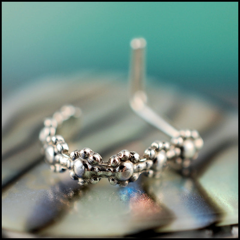 products/Silver_Patterned_Cuff_Nose_Ring_4B.jpg