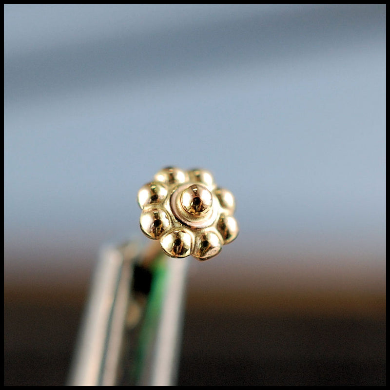 products/Tiny_Gold_Daisy_Flower_Stud_2B.jpg