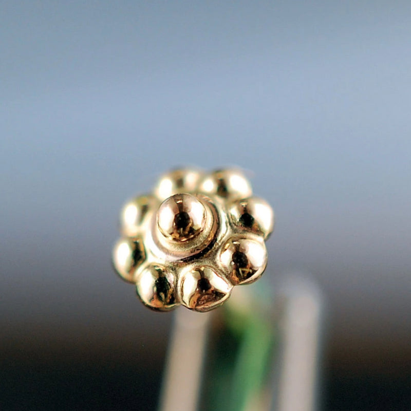 products/Tiny_Gold_Daisy_Flower_Stud_4B.jpg