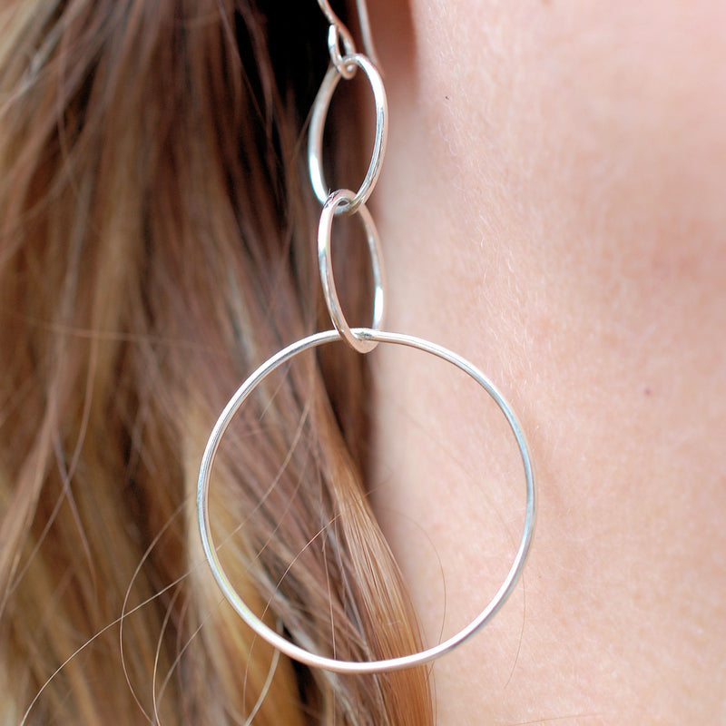 products/big_bubbles_earrings_silver_3.jpg