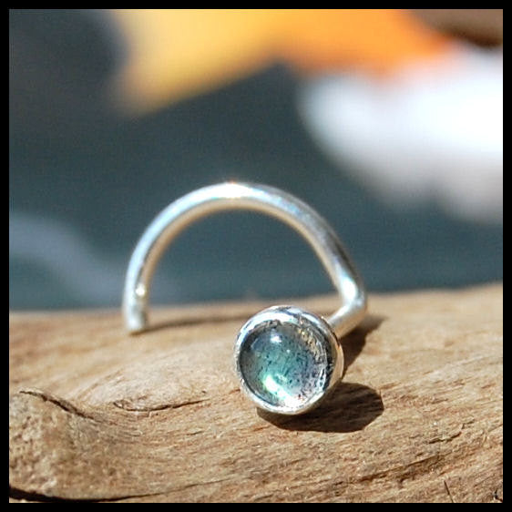 Labradorite Nose Stud Set in Sterling Silver