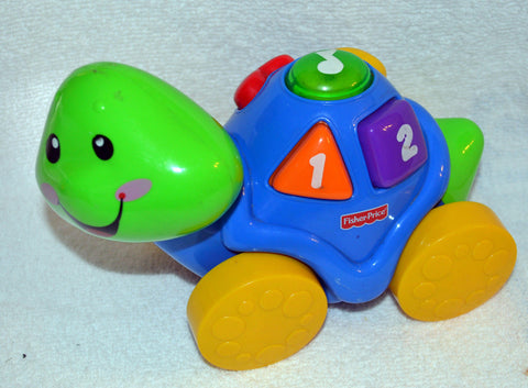 FISHER PRICE 2007 L6361 LAUGH and LEARN ROLLING ELECTRONIC COUNTING MUSICAL TURTLE