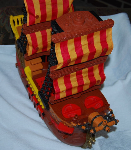 2006 Fisher-Price Imaginext Adventures Pirate Ship L1284 with Sails Ahoy ..Urg
