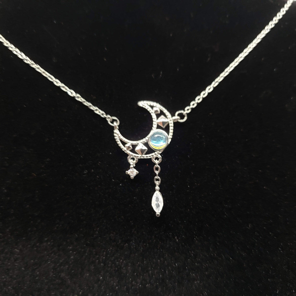 Spellbound Moon - Moonstone Necklace Chain Necklaces