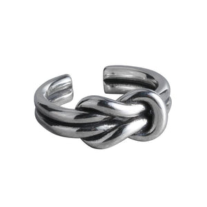 Sterling silver interwoven vine ring