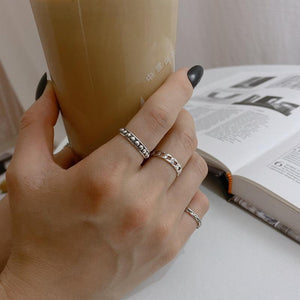 Retro Geometric Round Bead Ring