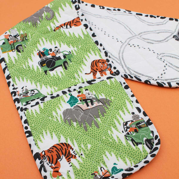Safari Tracks Double Oven Glove