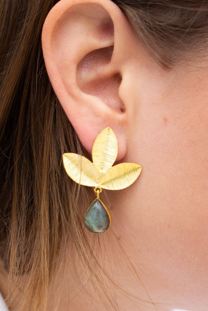 Load image into Gallery viewer, Leaf & Labradorite Drop Earrings