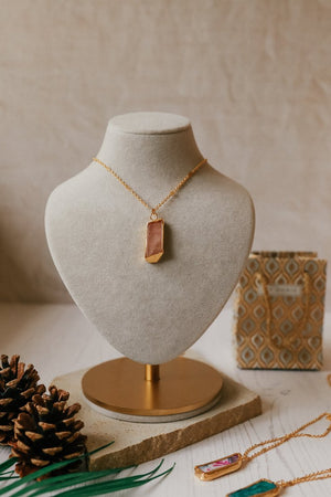 Load image into Gallery viewer, Rose Agate Necklace