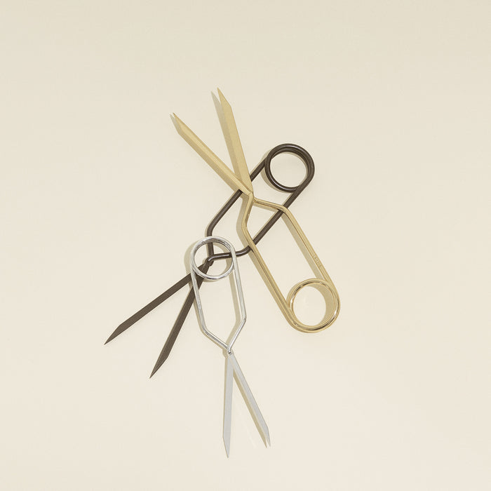 Nomess Spirng Scissors, Sort
