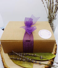 Load image into Gallery viewer, Relaxation Gift Box with 5 Natural Essential Oil-Based Products - Artisan Giftmas