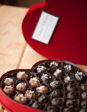 Load image into Gallery viewer, Heart-Shaped Chocolate Gift Box
