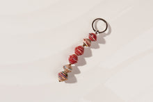 "Load image into Gallery viewer, Keychain made of paper beads ""Kumasi"""