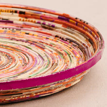 "Load image into Gallery viewer, Medium-sized decorative tray made of recycled paper ""Kampala M"""