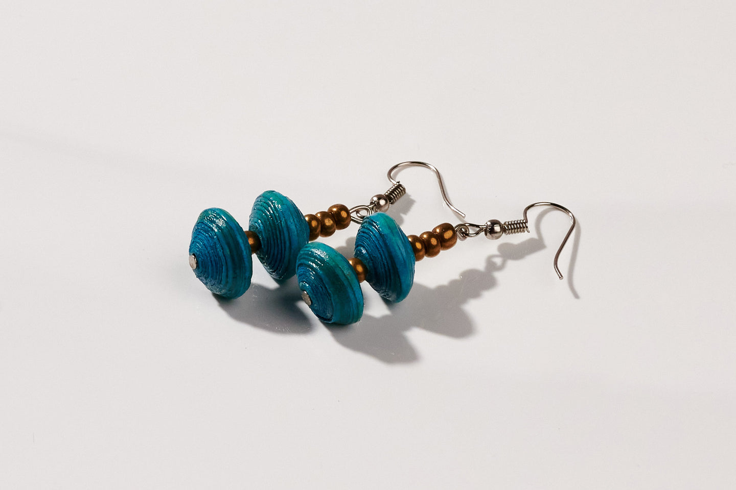 Earrings with two paper beads