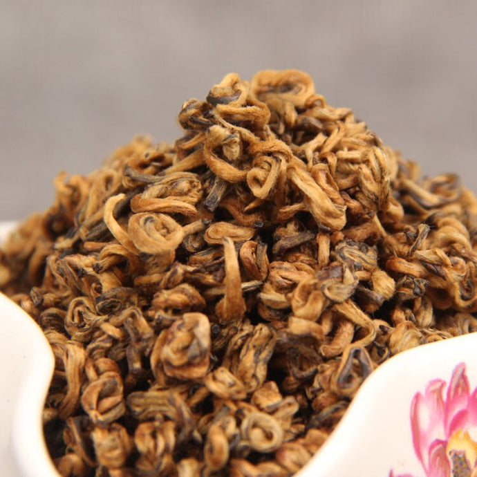 2019 Chinese Yunnan Dian Hong tea High quality AAAAA tea Beauty Slimming Diuretic Down Three Green Food Hongluo Black tea