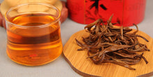 Load image into Gallery viewer, 2019 Chinese Yunnan Dian Hong tea High quality AAAAA tea Beauty Slimming Diuretic Down Three Green Food Hongluo Black tea