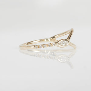 Gravity Marquise diamond Y ring