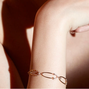 Gravity loop diamond bracelet